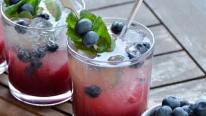 Staggeringly nice blueberry mojito